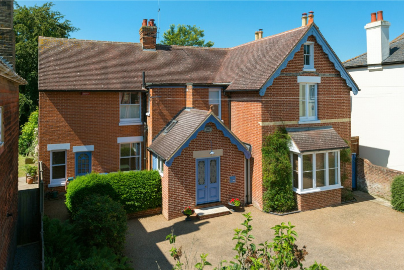 House for sale in Canterbury - Whitstable Road, Canterbury, CT2