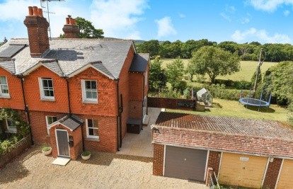 A Beautifully presented home on the edge of Capel Village