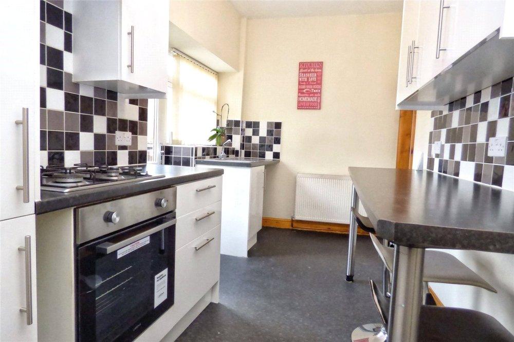 3 bedroom property to let in back lane rawtenstall rossendale bb4
