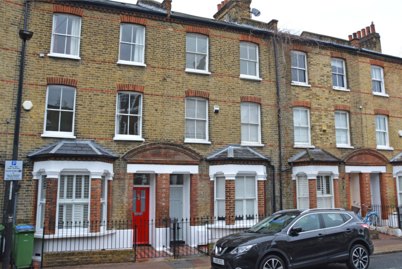 House to rent in Greenwich - Old Woolwich Road, London, SE10