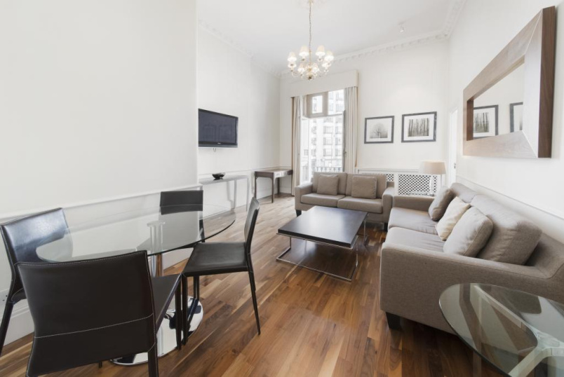 Flat/apartment to rent in Knightsbridge & Chelsea - Chesham Place, London, SW1X