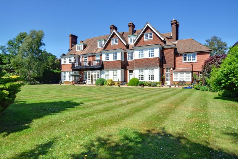 Flat/apartment for sale in Chislehurst - Avonhurst, 76 Camden Park Road, Chislehurst, BR7