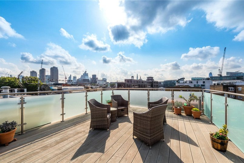 Flat/apartment for sale in West End - Farringdon Road, London, EC1M