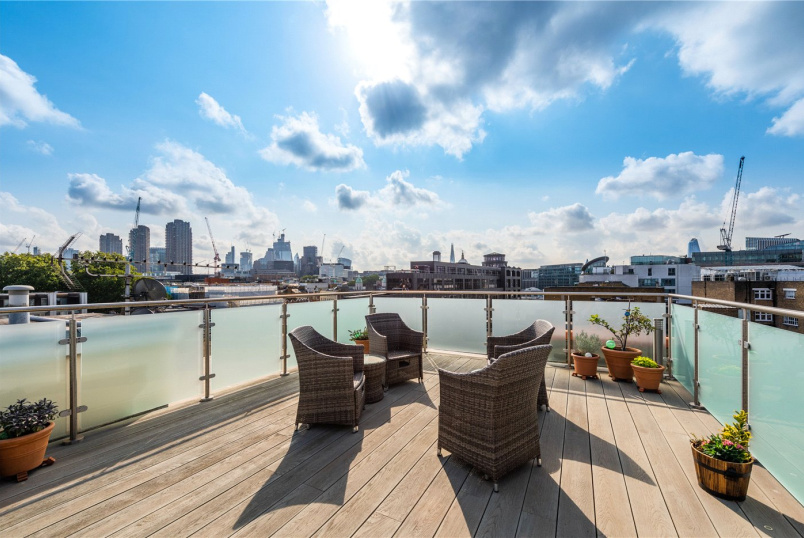 Flat/apartment for sale in Clerkenwell & City - Farringdon Road, London, EC1M