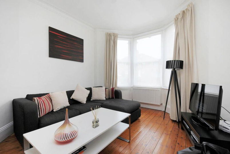 Flat/apartment to rent in Willesden Green - Chambers Lane, Kensal Rise, NW10