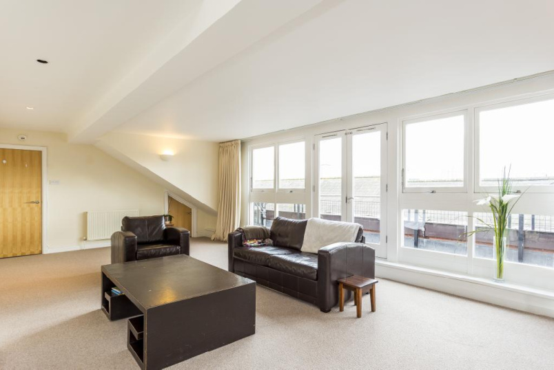 Flat/apartment to rent in Putney - Park House, Northfields, London, SW18