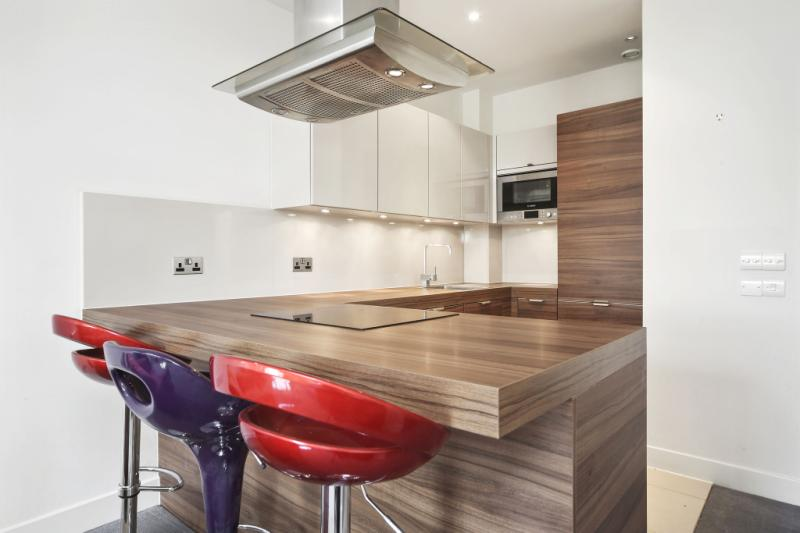 Flat/apartment to rent in Shepherds Bush & Acton - Bromyard House, Bromyard Avenue, London, W3