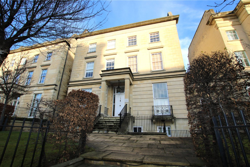 Flat/apartment to rent in Reading - Alexandra House, 169-171 Kings Road, Reading, RG1