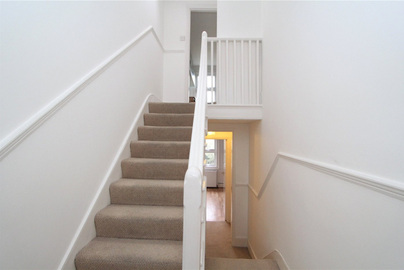 Flat/apartment to rent in Ealing & Acton - Lower Boston Road, Hanwell, W7