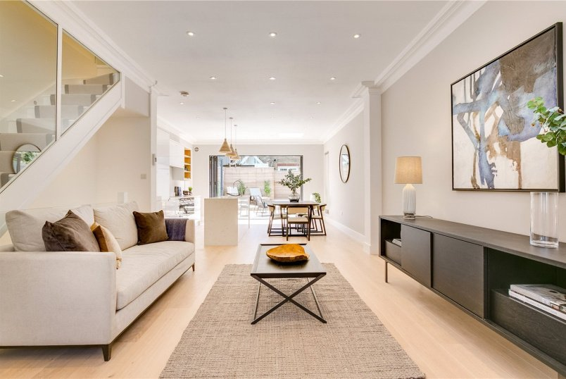 House to rent in Fulham & Parsons Green - Delaford Street, London, SW6
