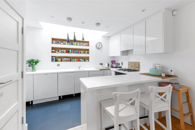 House to rent in Chiswick - Beaumont Road, Chiswick, London, W4