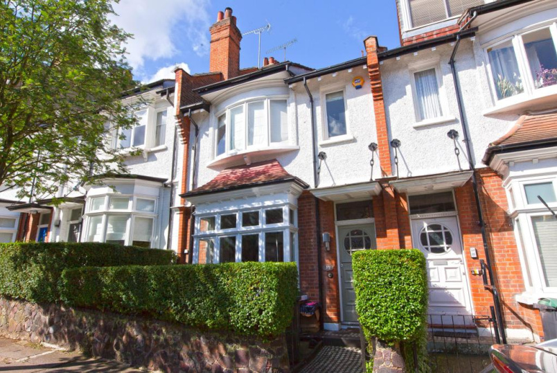 House for sale in Highgate - Milton Park, London, N6