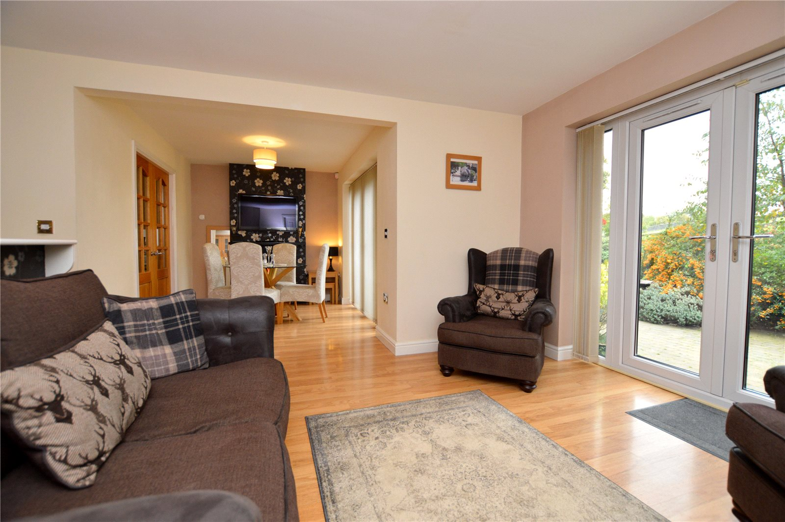 property for sale in Pudsey, interior open plan reception room and dining room