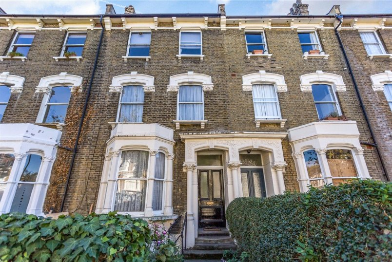 Flat/apartment for sale in Highbury - Ferntower Road, Newington Green, N5