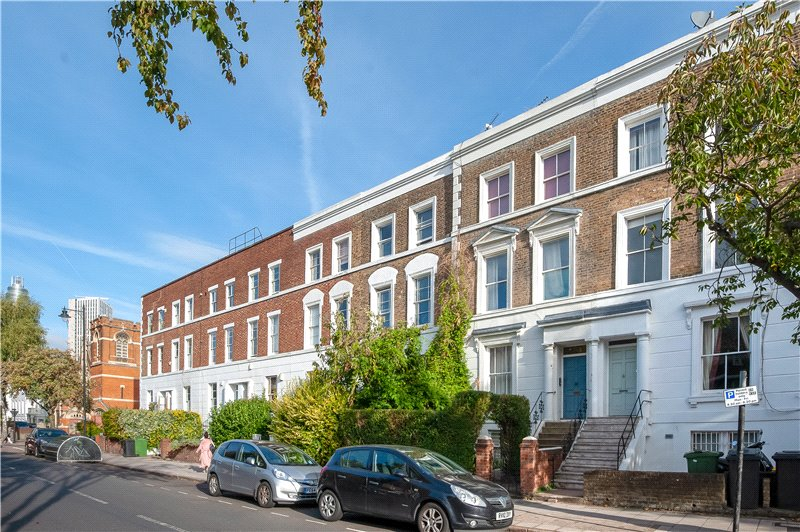 House for sale in Kennington - Fentiman Road, Oval, SW8