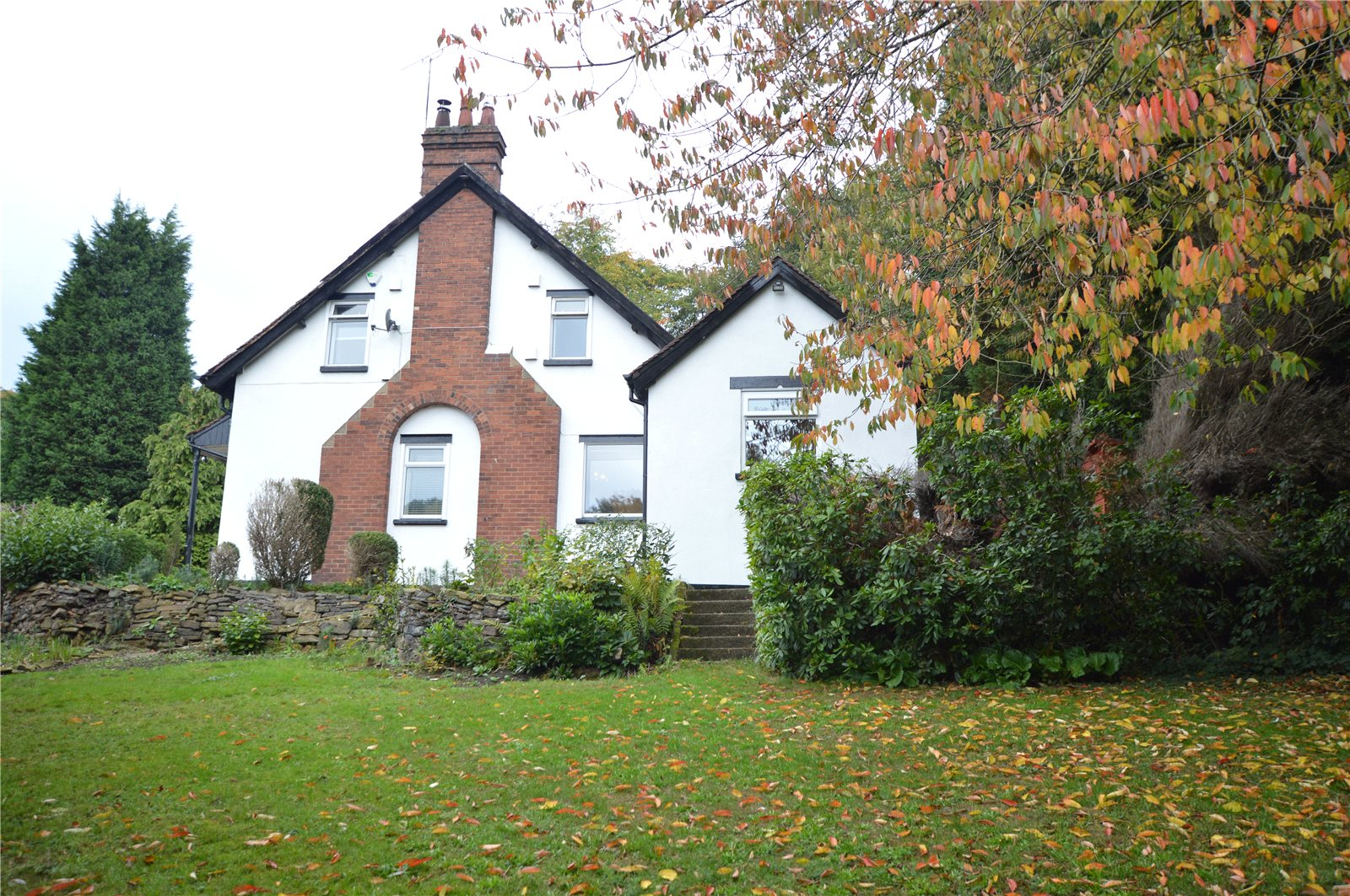 property for sale in Morley, Exterior spacious five bedroom home
