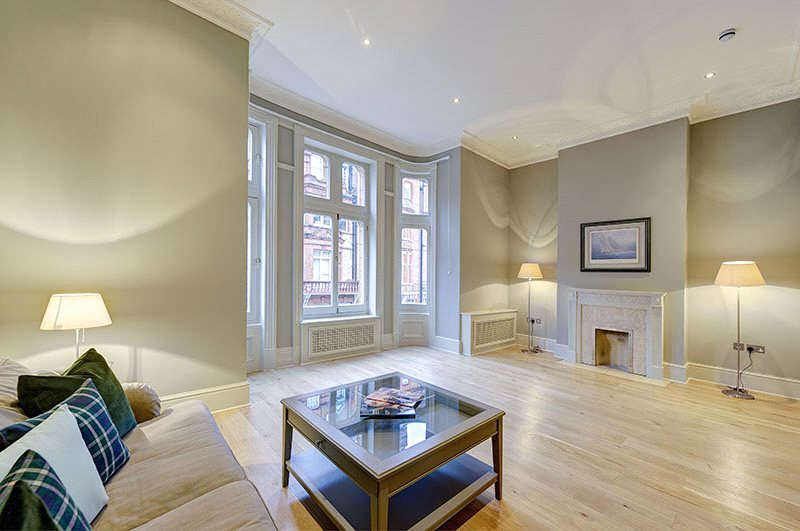 Flat/apartment to rent in Knightsbridge & Chelsea - Draycott Place, London, SW3