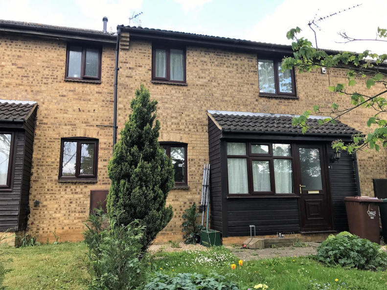 1 Bedroom House Terraced To Rent In Bedford Close Banbury Oxon Ox16 1pa Northwood Banbury