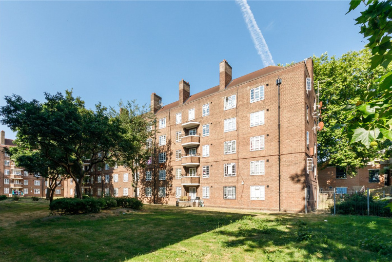 Flat/apartment for sale in Hackney - Fulke House, Brooke Road, London, E5