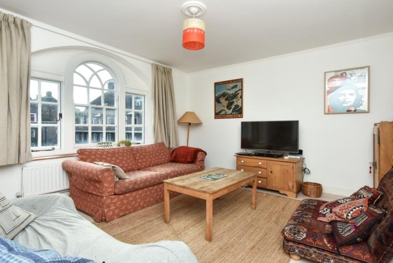 Apartment for sale in Clapham - ALBION AVENUE, SW8