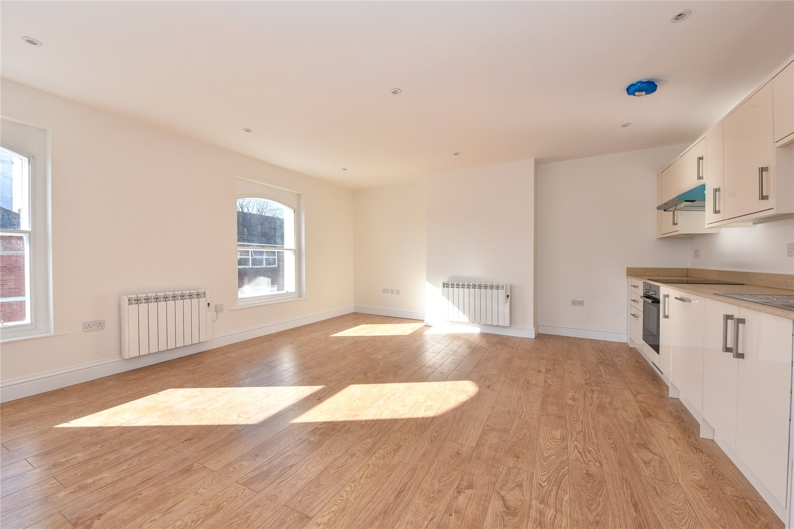 Apartment D – 2 Bedroom First Flooor - £249,950 - Available