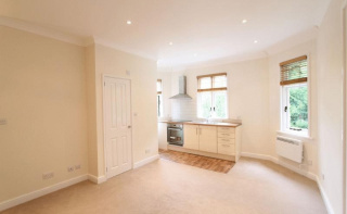 Charterhouse Road, Godalming, Surrey, GU7