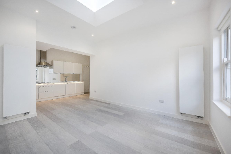 Flat for sale in Pimlico and Westminster - DENBIGH STREET, SW1V