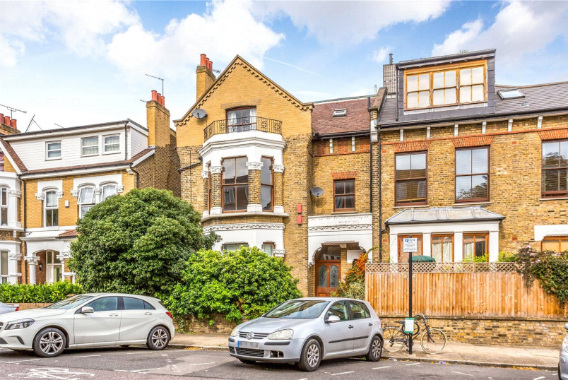 Flat/apartment for sale in Harringay - Gloucester Drive, London, N4