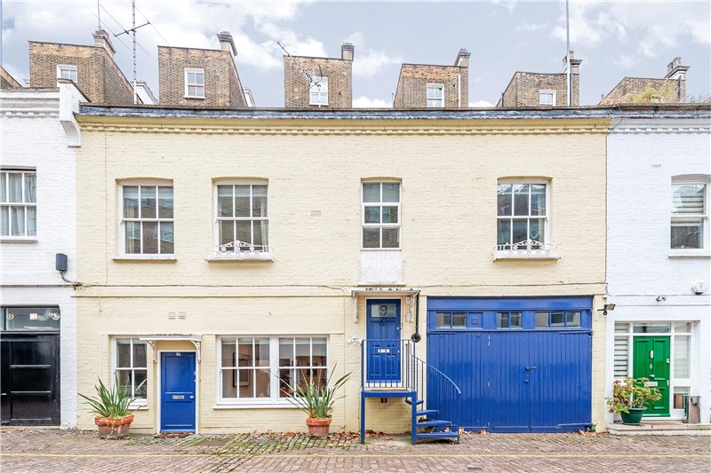 House for sale in South Kensington - Gaspar Mews, London, SW5