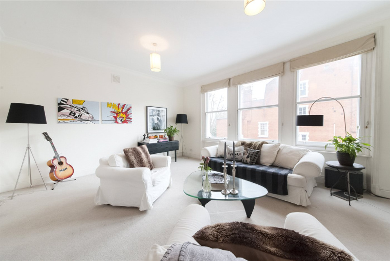 Flat/apartment to rent in Knightsbridge & Chelsea - Fulham Road, London, SW10