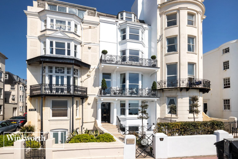 House for sale in Brighton & Hove - Marine Parade, Brighton, East Sussex, BN2
