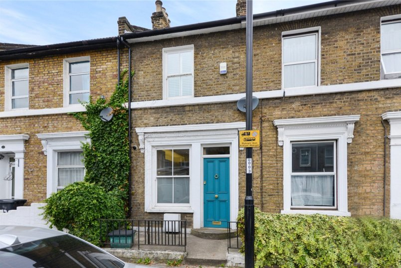 for sale in New Cross - Malpas Road, London, SE4