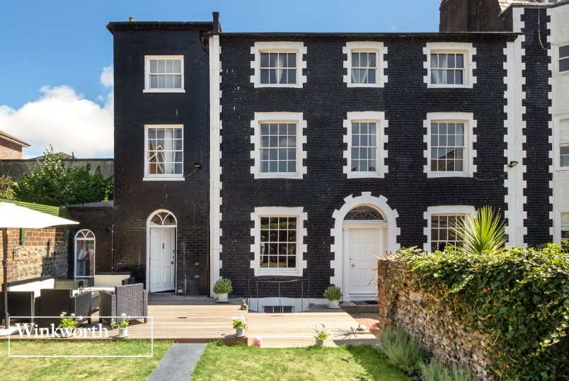 House for sale in Brighton & Hove - St James's Place, Brighton, BN2