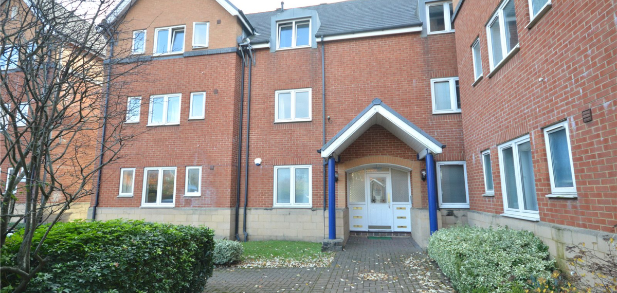 2 Bedroom Property To Let In Corvette Court Cardiff Bay Cardiff Cf10 725 Pcm