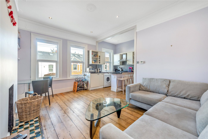 Flat/apartment for sale in Tooting - Dafforne Road, Tooting Bec, London, SW17