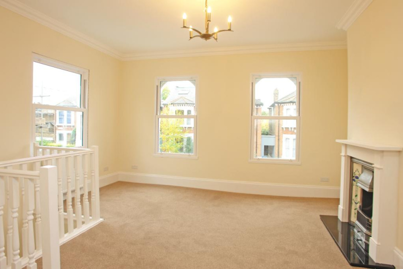 Maisonette to rent in Dulwich - Tyrrell Road, East Dulwich, SE22