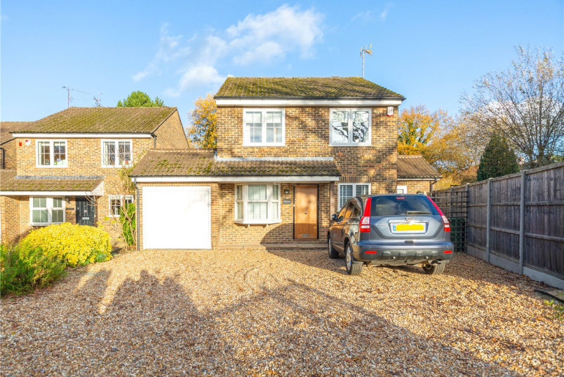 House to rent in Sunningdale - Broomhall Lane, Ascot, Berkshire, SL5