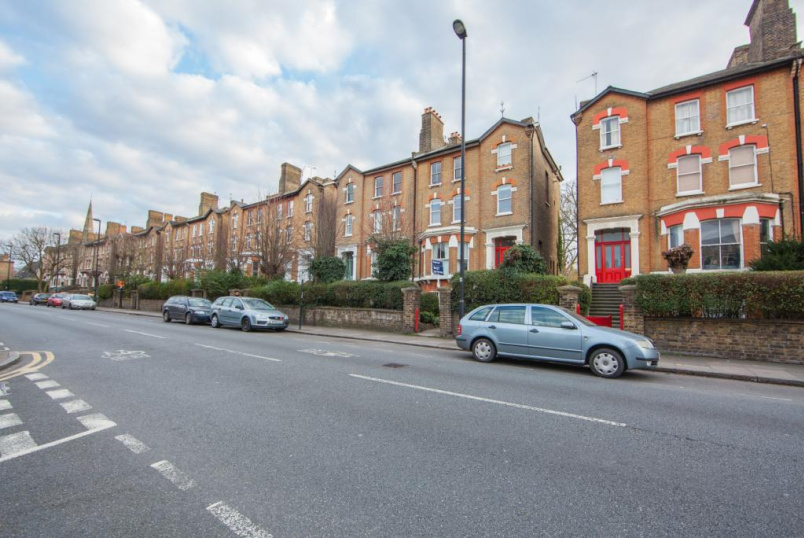 Flat/apartment to rent in Herne Hill - Dulwich Road, London, SE24