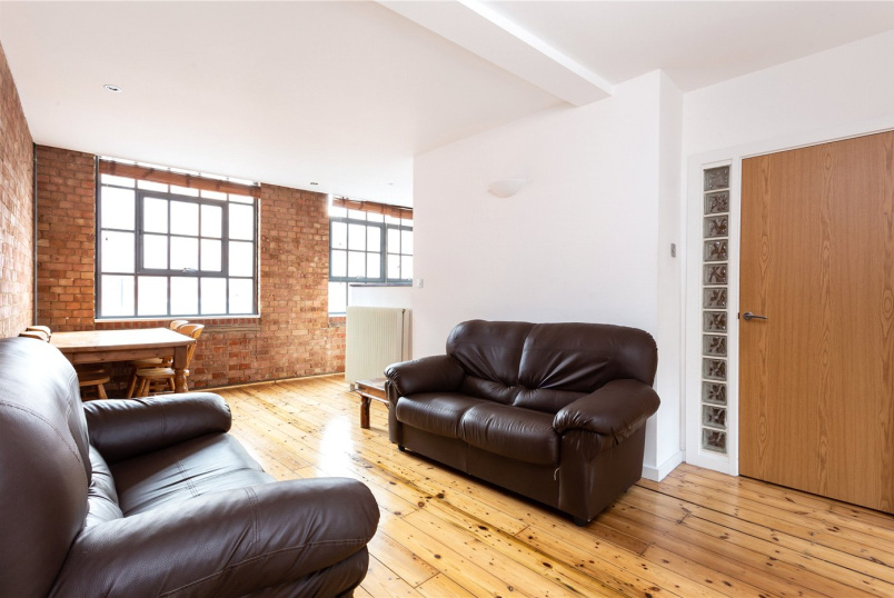 Flat/apartment to rent in Shoreditch - Whitechapel Road, London, E1