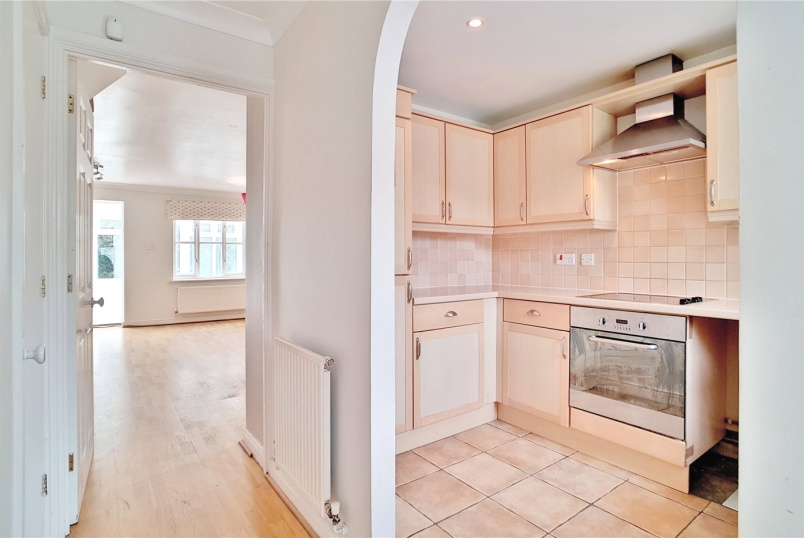 House to rent in Tooting - Glenburnie Road, London, SW17