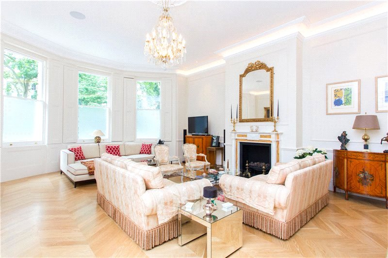 Maisonette for sale in South Kensington - Cornwall Gardens, London, SW7