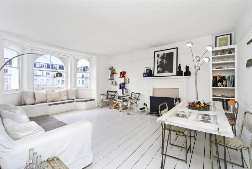 Flat/apartment to rent in Notting Hill - Colville Gardens, London, W11