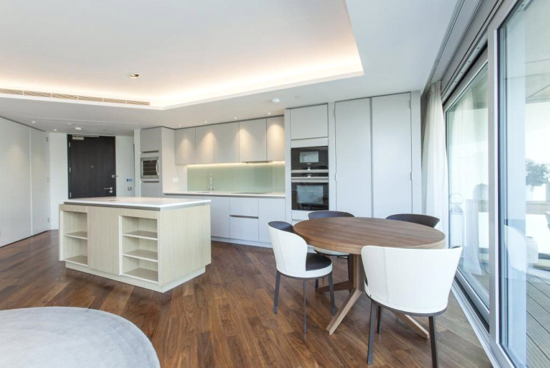 Flat/apartment for sale in Islington - Canaletto Building, City Road, Islington, EC1V