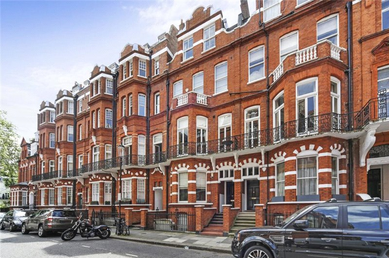Flat/apartment for sale in Knightsbridge & Chelsea - Egerton Gardens, Knightsbridge, London, SW3