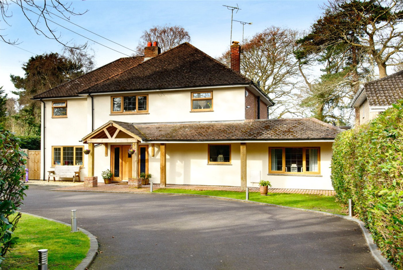 House for sale in Highcliffe - Hinton Wood Avenue, Christchurch, Dorset, BH23