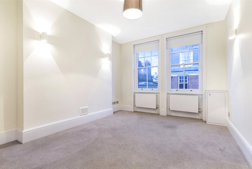 Flat/apartment to rent in West End - Hanson Street, London, W1W