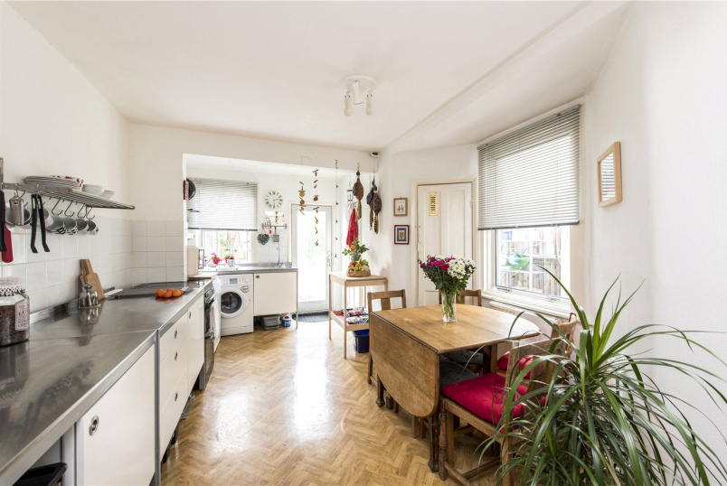 House for sale in Herne Hill - Medora Road, London, SW2