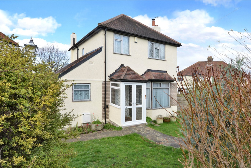 House for sale in Banstead - Lambert Road, Banstead, Surrey, SM7