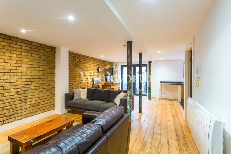 Flat/apartment to rent in Harringay - The Warehouse, 1A Dorset Road, London, N15