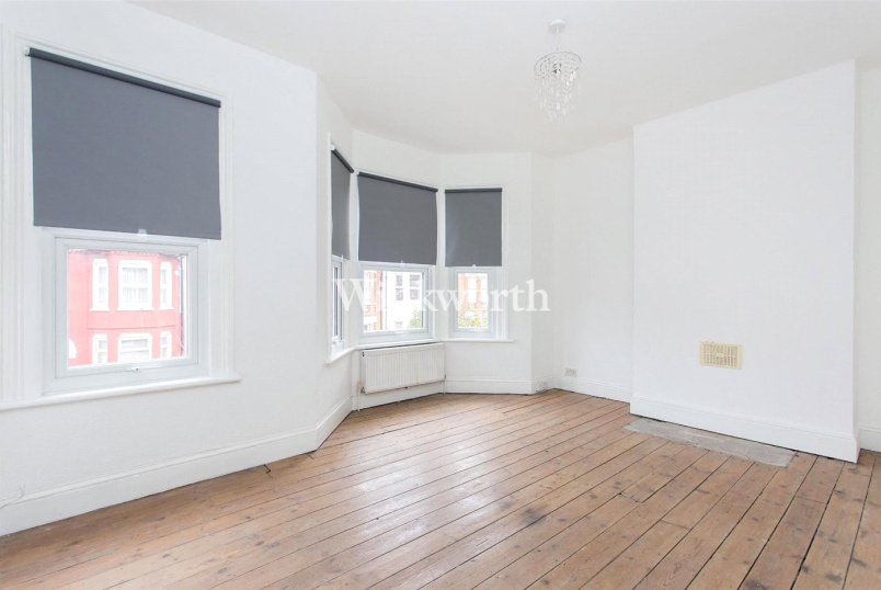 Flat/apartment to rent in Harringay - Springfield Road, Seven Sisters, N15